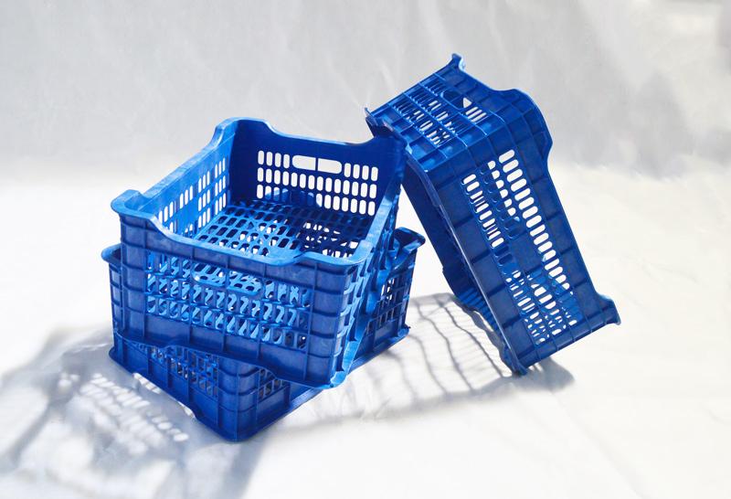 蓝色塑料水果筐